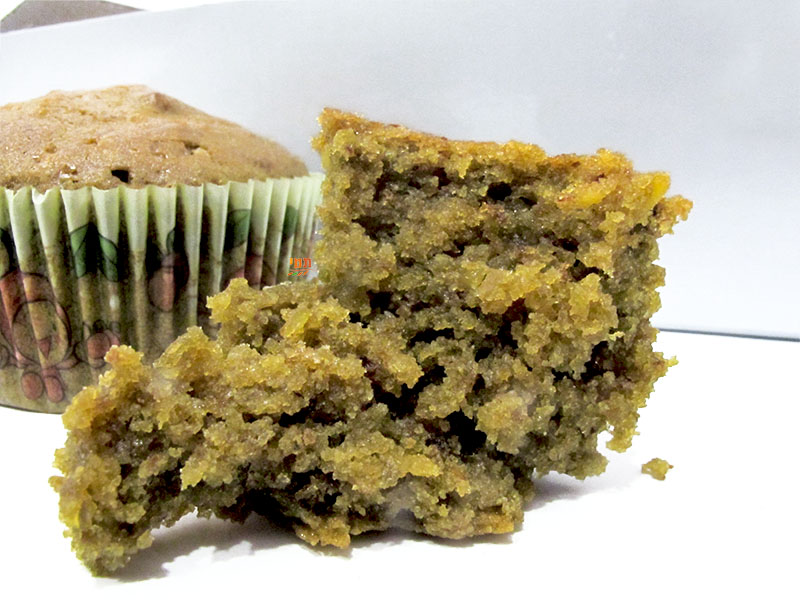 Pistachio-coconut muffins gluten-free, vegan absolutely perfect